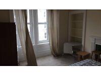 2 double bedrooms to rent for 6 weeks in Tollcross