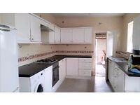 ******4 Bedroom house to let in the heart of manor park*****