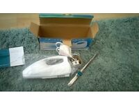 Frigidaire Electric Carving Knife. Powerfull 90 Watt Motor. Ideal for that Christmas Meat!! New