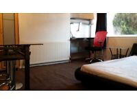 Great room for student/s in house only minutes from Aberdeen University