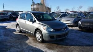 2009 Nissan Versa FWD ,SUPER CLEAN ,LOW PRICE ,CHEAP ON GAS