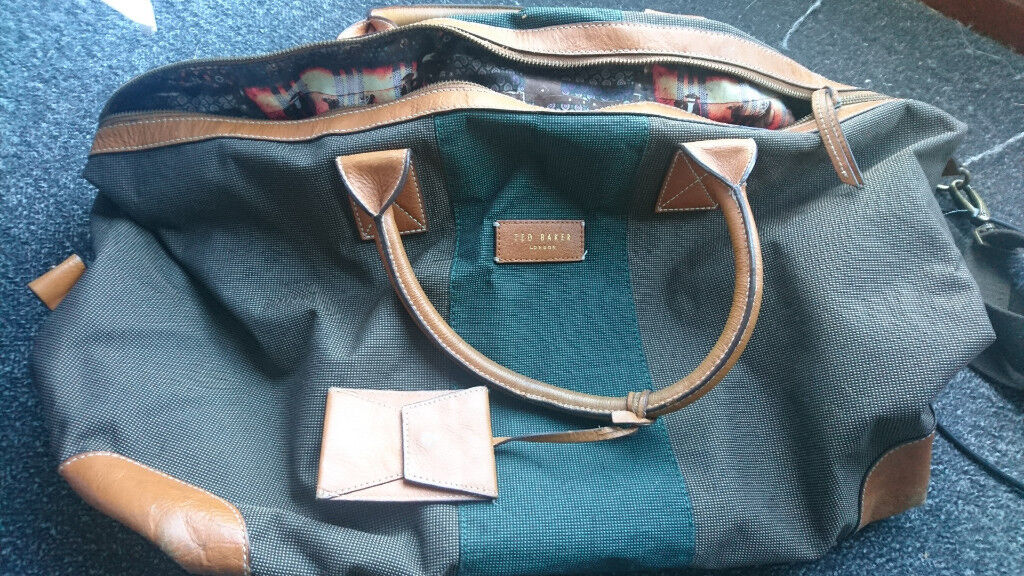 665a1a630ec11 Ted Baker Holdall bag