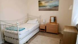 Double room for rent in Bracklesham Bay