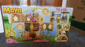 Brand new in box Maya the bee. Maya's bee hive player with figures
