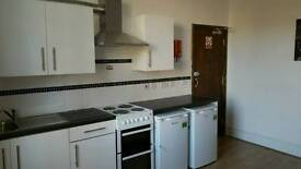 Refurbished single /double bedsit
