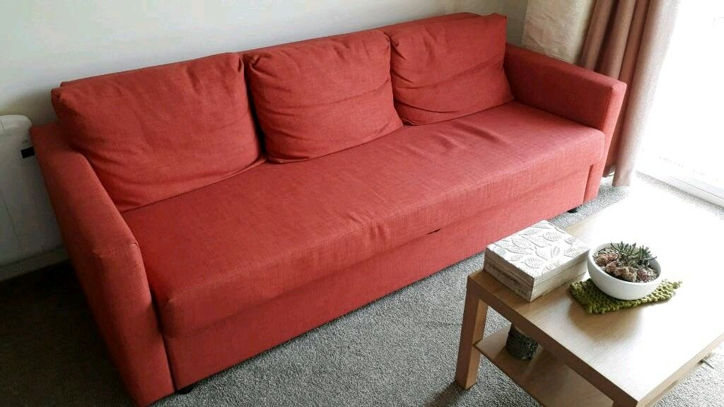 Lovely, almost new sofa bed
