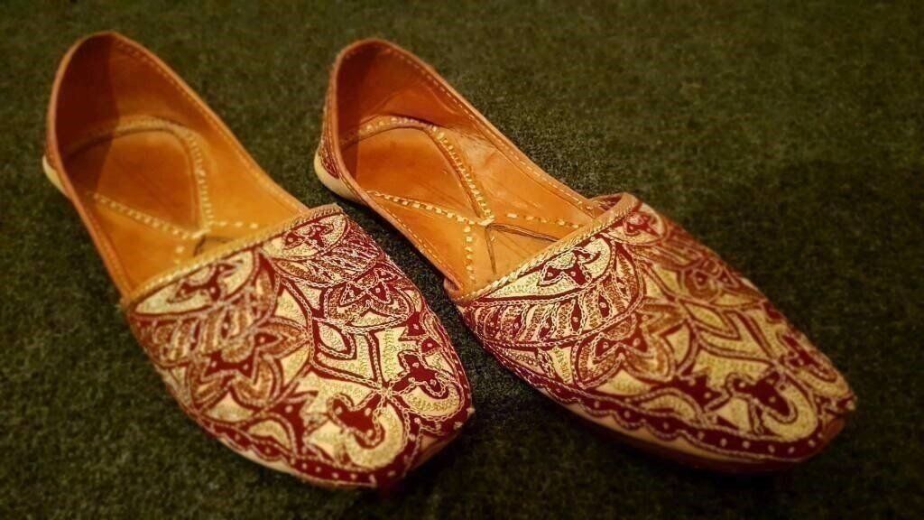 Mens Asian PumpsKussahin East London, LondonGumtree - For sale are a pair of Stylish Kusseh which goes perfect with any daily attire or even evening outs. Handmade and handcrafted upper and sole comes with embellishment all over that makes the Khussa more stylish and comfy. Easy slip on that comes with...