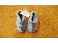 NEW 100% merino wool 3-6-9-12 mths Alwero baby boy blue booties Xmas gift idea