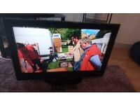 EXCELLENT 32 INCH LG HDMI FREEVIEW TV ALSO GREAT FOR GAMING