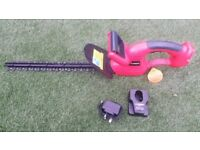 CORDLESS / BATTERY HEDGE TRIMMER