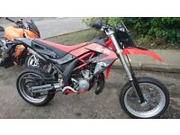 ****REDUCED PRICE OPEN TO OFFERS NEED TO SELL**** Aprilia sx125cc