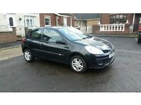 Black 2006, Renault Clio 1.2cc Facelift Model, Full Years Mot until July 2017, £1350 ono