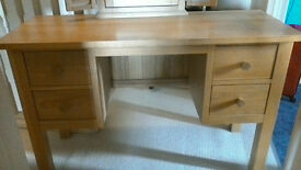 Dressing table solid wood (not flat pack)with mirror