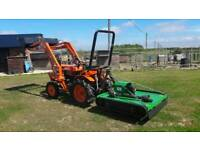 KUBOTA TRACTOR AND 4ft TOPPER