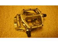 DMR V8 Bicycle Pedals Good Condition (Silver)