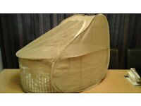 Samsonite pop up travel cot cafe creme colour 1kg with mattress ,insect net,hood carry bag as new