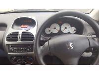 Peugeot 206 (Full Service History & 12 Month Full MOT)