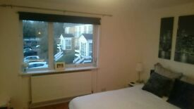 1 bedroom flat, Enfield (Crofton Way)