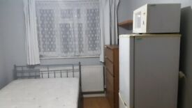Colindale, Double room available now for single occupancy, including all bills and internet