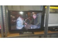 """TOSHIBA 32"""" LCD TV IN FULL WORKING ORDER"""