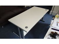 White 'Ambus' Office Desk (FREE for collection)