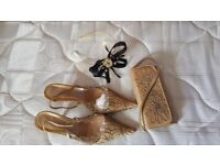 Gold and black fascinator and gold bag n free shoes