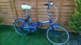 Ladies vintage shopper folding bike