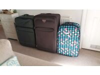 SUITCASES as new 3 x various sizes