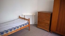 Furnished double room, ideal for contractor WA7 4HT