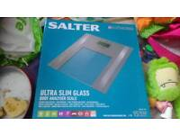 Salter ultra slim glass body anlyser scale Model no 9158