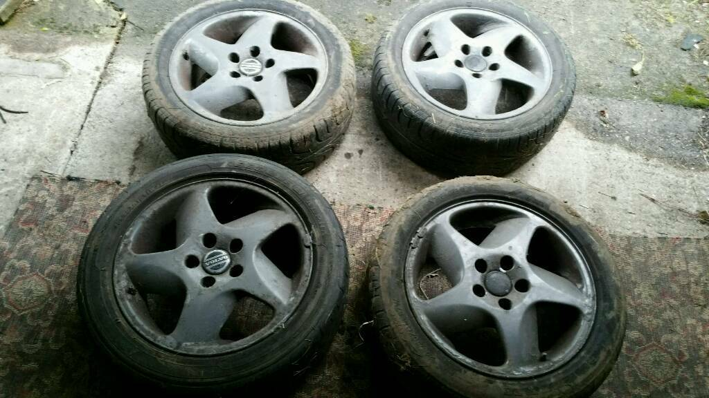 Volvo T5 alloys with tyres