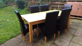OAK DINING TABLE - £10 (DFS DINING SET) (CHAIRS NOW SOLD)