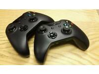 2x Xbox One Controllers