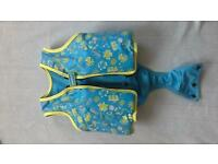 baby todler safety swimming jacket exelent condition