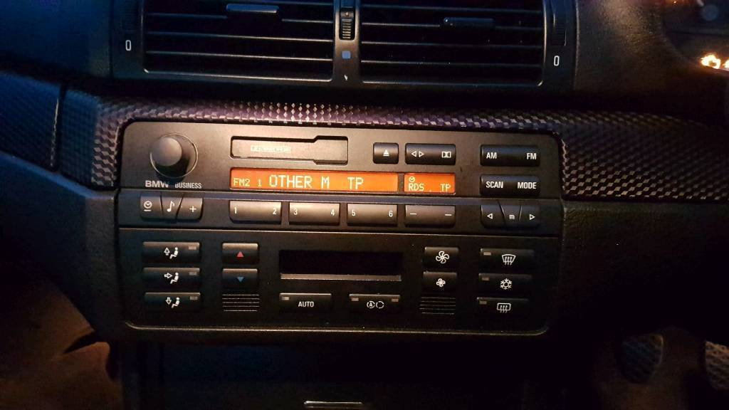bmw e46 business radio with aux input and lead in. Black Bedroom Furniture Sets. Home Design Ideas
