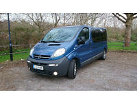 Opel Vivaro 2.5 170hp powerful and economical minibus LEFT HAND DRIVE long base