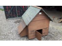 Chicken Coop House for up to 6 by Rivers Animal Housing Removable Sides