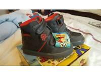 size jr6 shoes