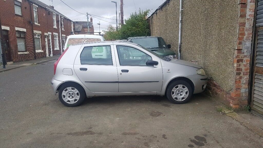 fiat punto 1.2 2004 breaking for parts