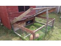 Excellent large rabbit run and hutch, 6' x 5' secure interior shed space and 6' x 6' exterior run
