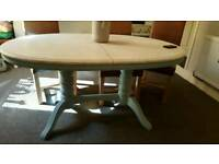Farm house solid wood table and x6 chairs