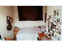 Double room for rent Headingley/Meanwood - £250 p/m - renovated 4 bedroom house