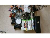 Xbox 360s 320GB Kinect + accessories