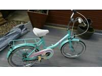 Girls classic raleigh bike