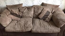 3 seater and 2 seater couch / settees