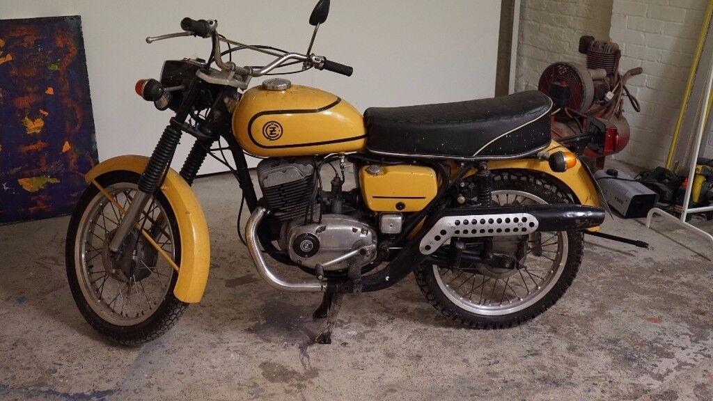 jawa cz 175 1975 2 stroke classic motorbike motorcycle. Black Bedroom Furniture Sets. Home Design Ideas