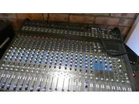 Alto TMX200DFX 24 channel 1.5Kw powered mixer