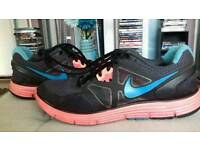 Nike Lunar 3 Trainers Size 6.