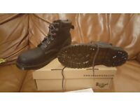 SIZE 6 (39) DR MARTENS ANKLE BOOT - BRAND NEW FROM SCHUH