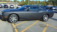 2015 Dodge Challenger SXT PLUS - LEATHER - SUNROOF - NAV